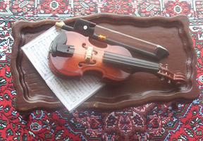 miniature violin